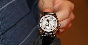 Denne klokken koster 316.000 kroner:Vil trolig bli kjøpt av en kineser i Oslo