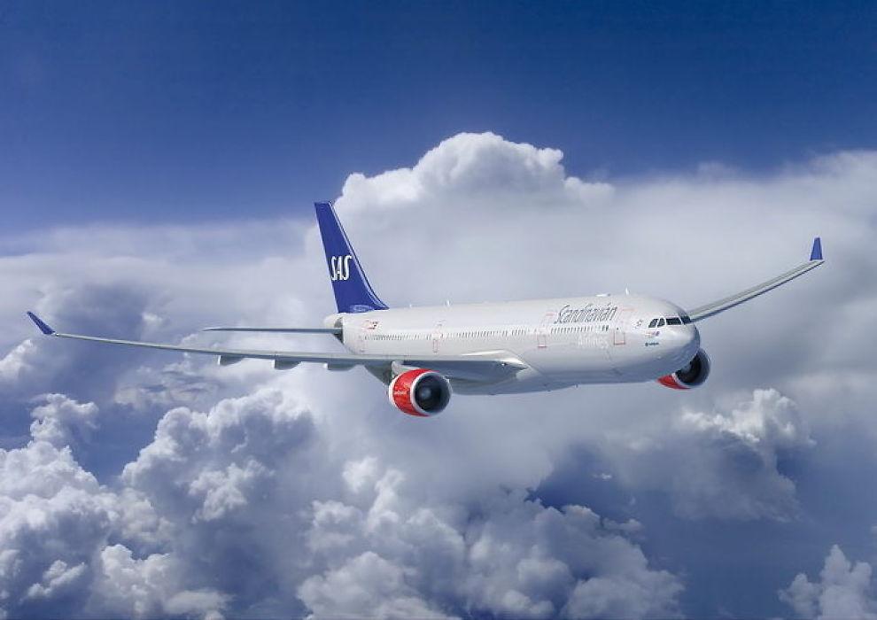 <b>KAN FÅ SELSKAP AV ELDRE SØSKEN:</b> SAS har bestilt tilsammen 12 nye langdistansefly av typen Airbus A350 og denne A330-300. Selskapet vurderer imidlertid å beholde de gamle Airbus-maskinene etter at de har fått nye kabiner.